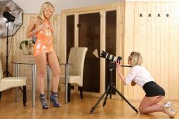 Camerawoman photo #3