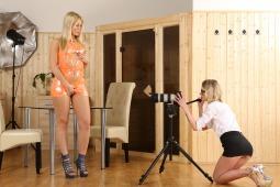 Camerawoman photo #1