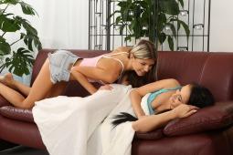 Gina & Nicol L #6