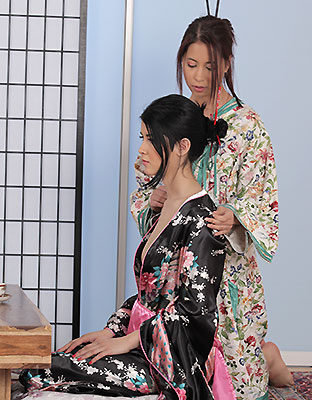 Vipissy Exclusive Pissing Picture Gallery Geisha Girls